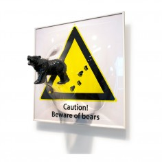 [Beware of bears]